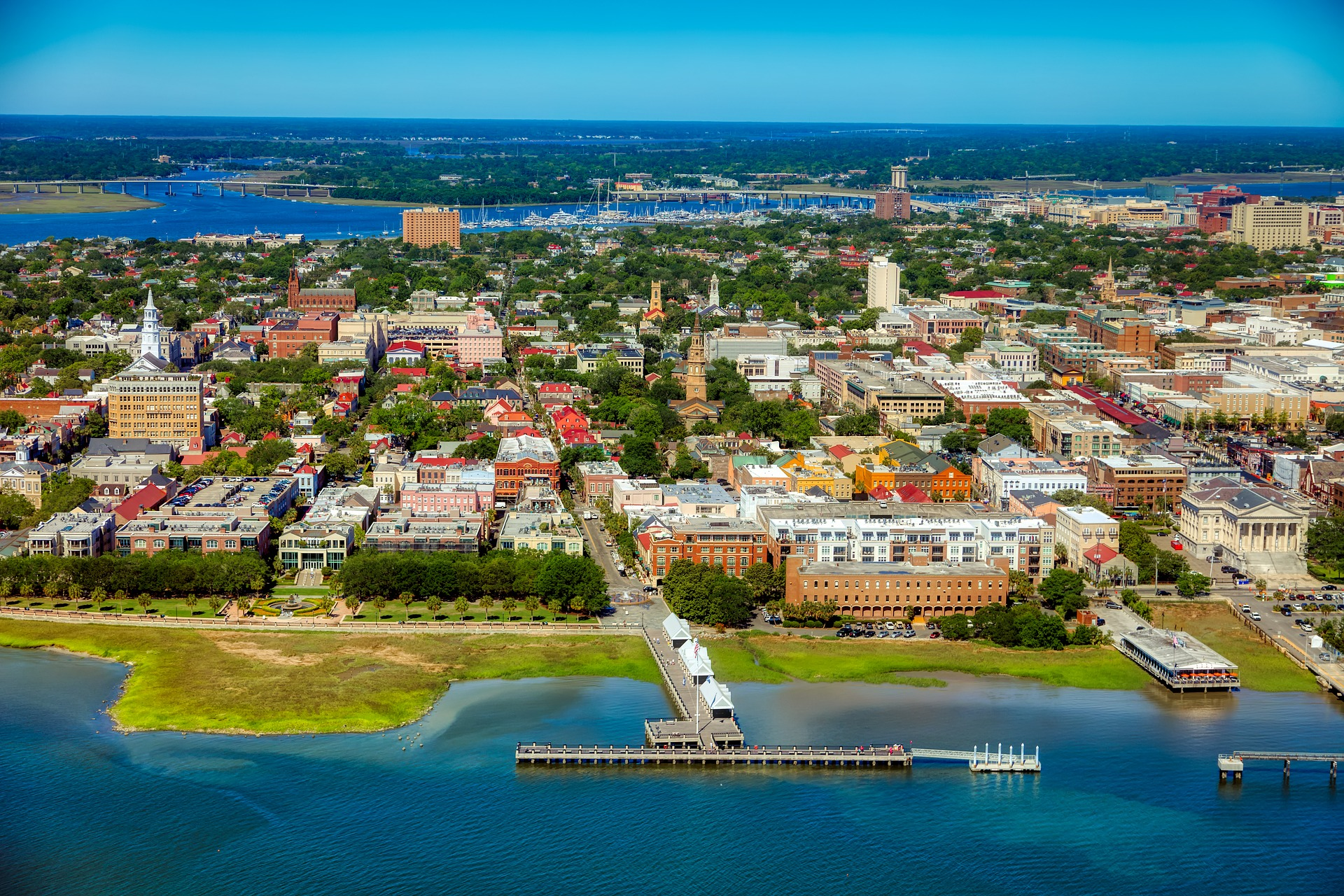 Coastal Charleston is a historic city, defined by pastel-colored houses, Old South plantations, and Fort Sumter, where the Civil War's opening shots were fired.