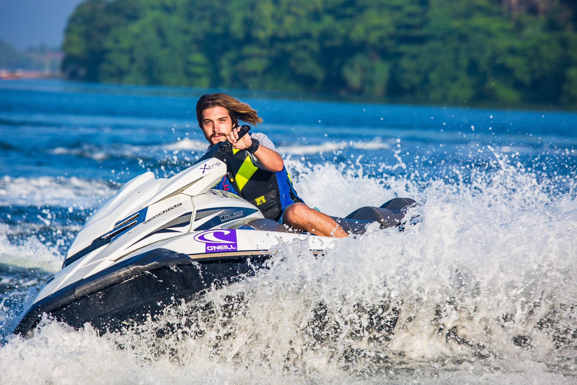 Experience Jet Skiing At Myrtle Park.